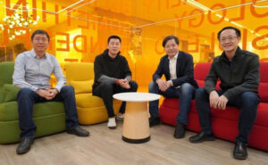 Cựu giám đốc Lenovo nghỉ việc để gia nhập Xiaomi